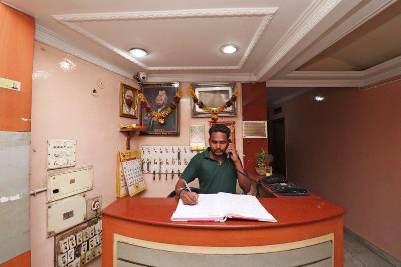 SPOT ON 41370 Hotel Capital, Raipur