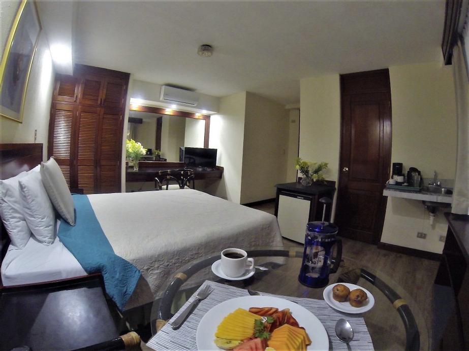 Apart-Hotel Suites Reforma, ZONA 10