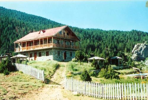 Hotel Grabova, Gramshit