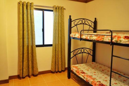 Elaine's Abode, Dumaguete City