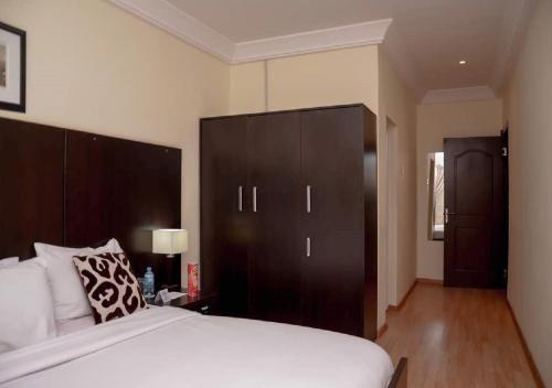 Qualer Apartments & Hotels, Jos North