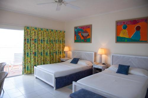 Grand View Beach Hotel,