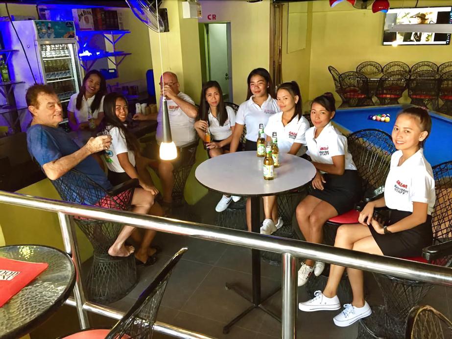 Gum Leaves Hotel and Restaurant, Olongapo City