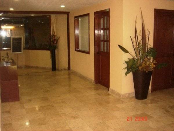 Hotel & Suites Real del Lago, Centro