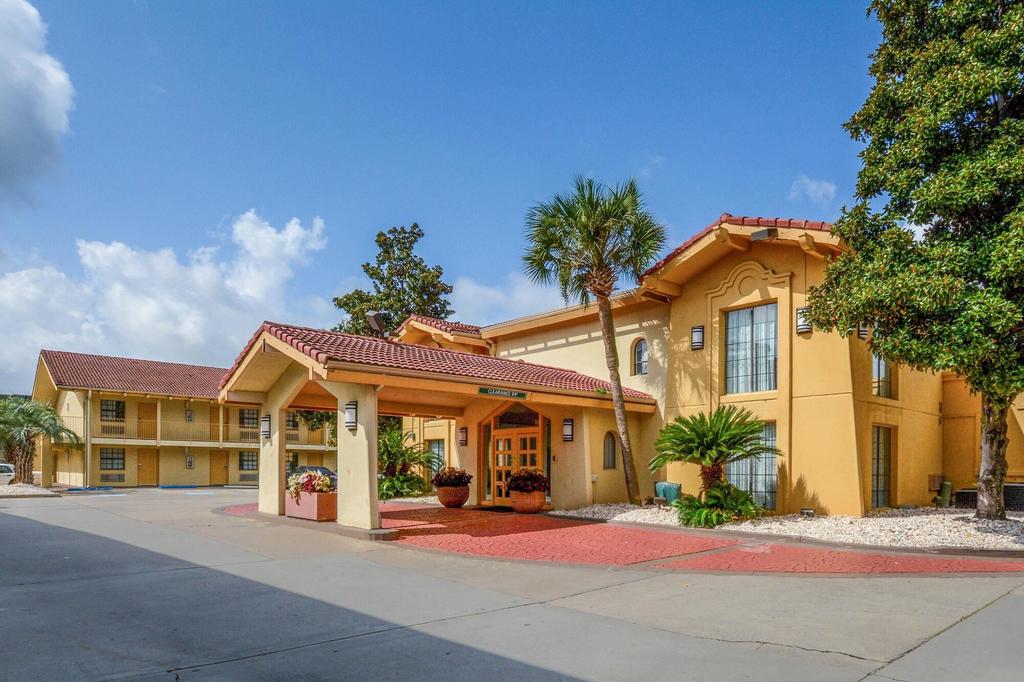 Quality Inn & Suites, Charleston