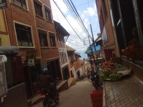 Taksar Stay, Lumbini