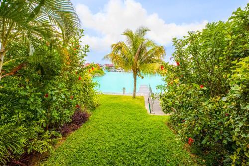 Eden Island Apartments,