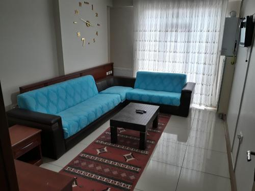 Zeus Apart Hotel, Merkez