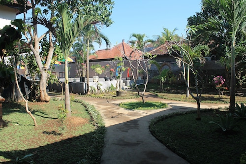Ray Beach Inn, Buleleng