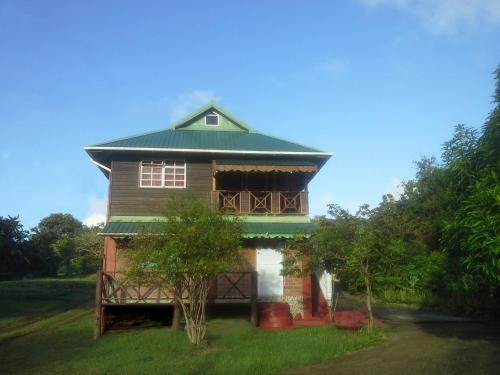 Seawind Cottage Authentic St.Lucian Accommodation near Plantation Beach,