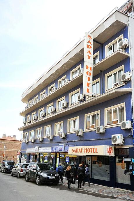 Saray Hotel, Merkez