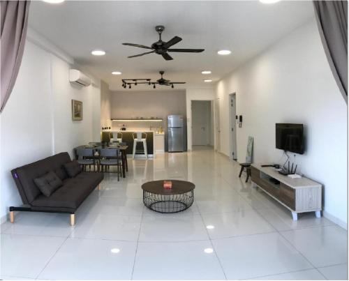 Arte S 3A-15-3 Comfortable Home With Mountain View Max 8paxs, Pulau Penang
