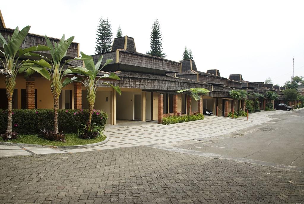 The Cipaku Garden Hotel, Bandung