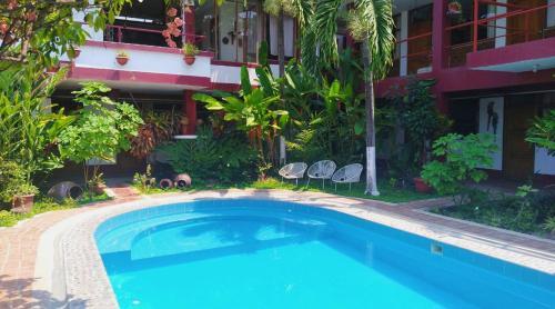 Capricornio Inn & Suites, Mariscal Cáceres