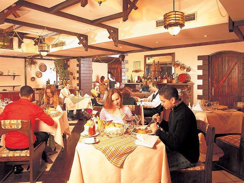 Pyramisa Suites Hotel ( ex Pyramisa Suites Hotel & Casino), Ad-Duqi
