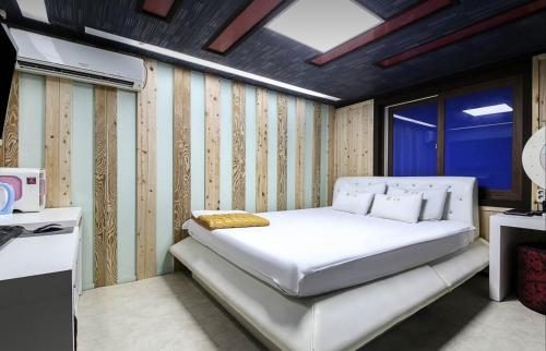 Yangsan 24hour hotel, Yangsan
