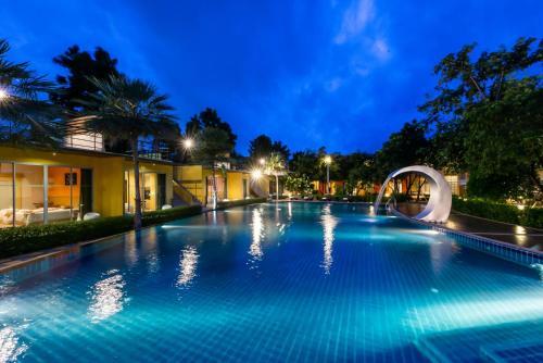 Bangkok Grand Retreat Resort and Spa, Bang Bo