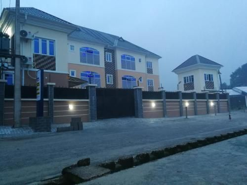 Blooms Spot Hotel and Apartment, Port Harcourt