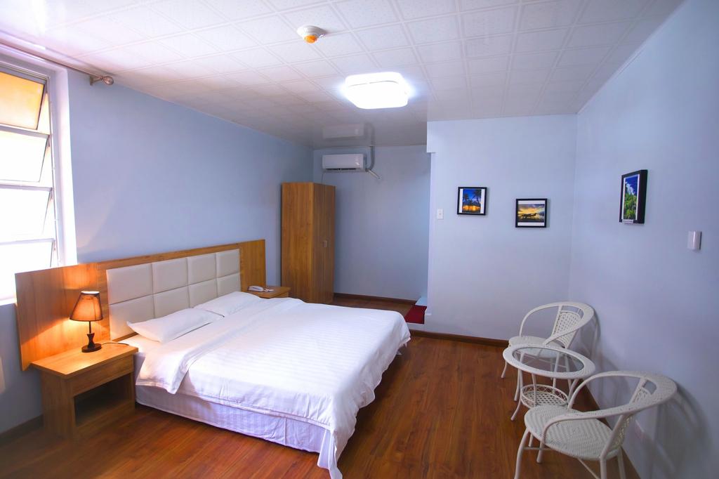 Pacific Islander Inn,