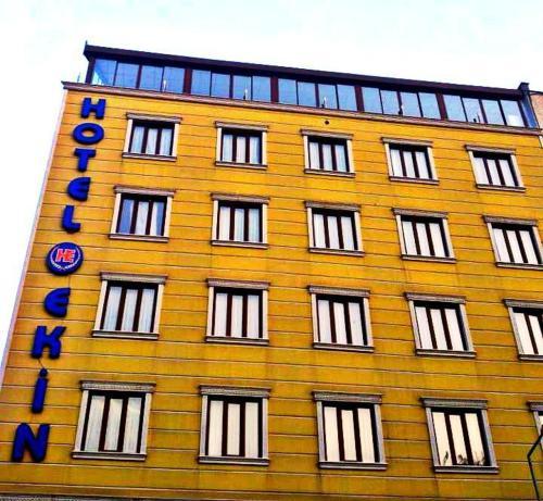 Ekin Hotel, Merkez