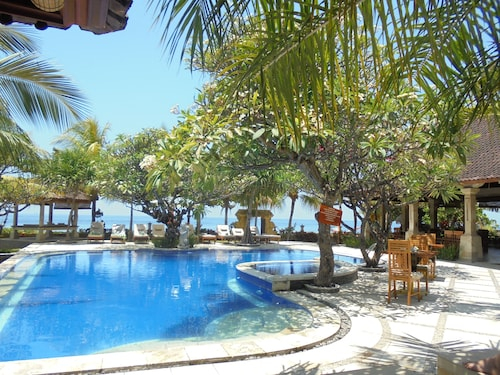 Arya Amed Beach Resort, Karangasem