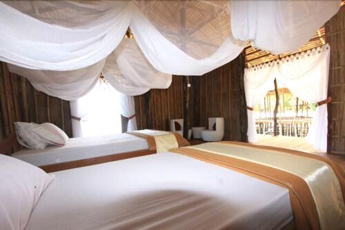 Raja Ampat Doberai Eco Resort, Raja Ampat