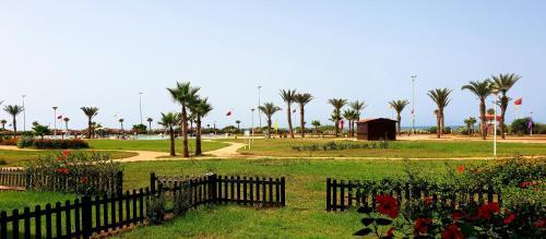 Perle Orientale Saidia Appart vue sur jardin et sur mer, Berkane Taourirt