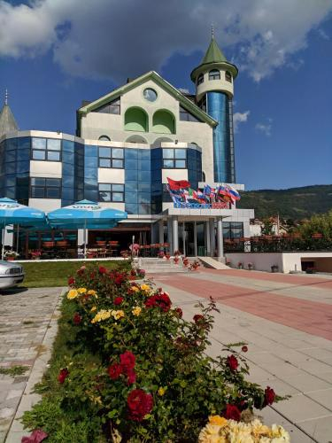 Hotel and Restaurant Abas,
