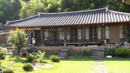 Goseong Choi Pilgan`s Old House, Goseong