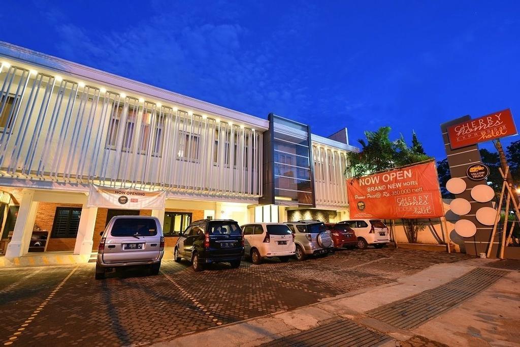 Cherry Homes Express Hotel, Bandung
