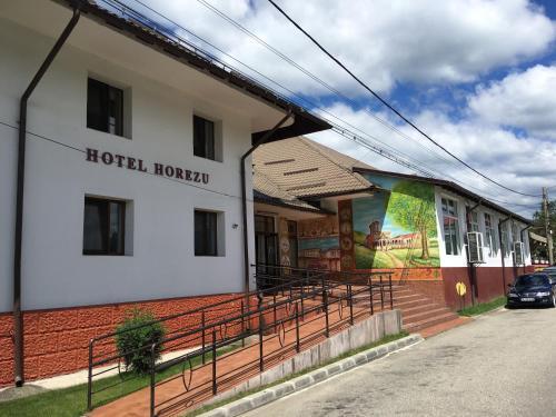 Hotel Horezu, Horezu