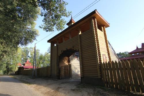 Загородныи комплекс Fort Pirnov Park, Vyshhorods'kyi