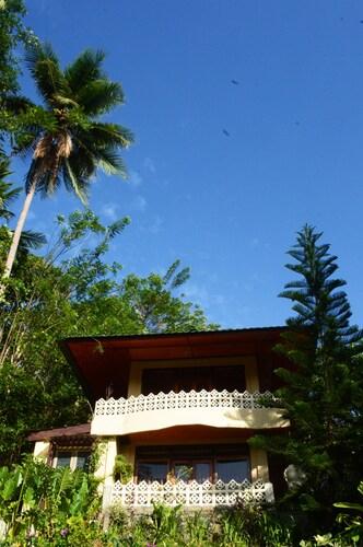 Tangkoko Sanctuary Villa & Spa, Bitung