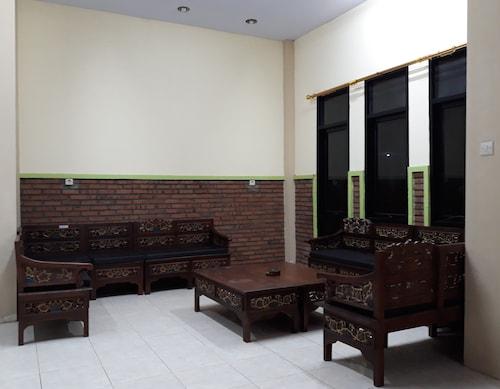 Bromo Holiday Guesthouse, Probolinggo