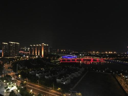 苏室17-五缘湾BRT旁海景LOFT复式公寓直达火车站中山路鼓浪屿码头, Xiamen