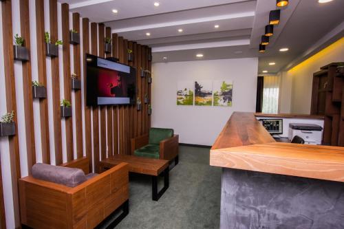 Hotel Bograd - Apartments & Lounge Station,
