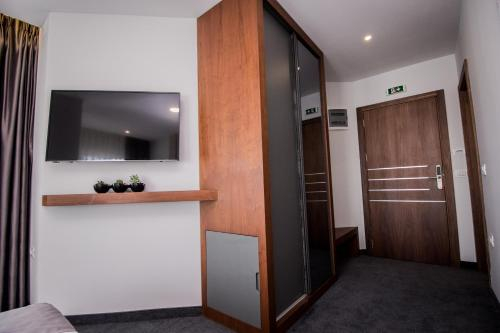 Hotel Bograd - Apartments & Lounge Station,