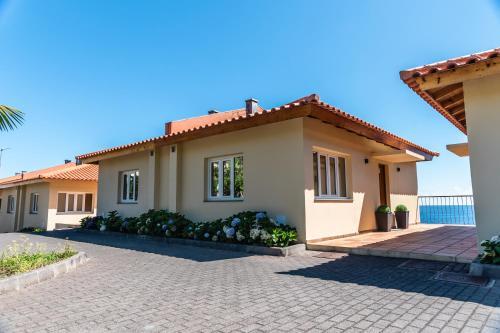 CRF Guest House, São Vicente