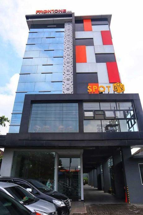 Front One Inn Kediri, Kediri