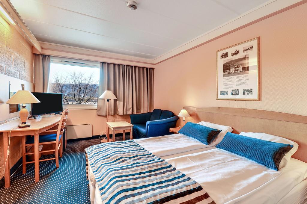Straand Hotel, Kviteseid