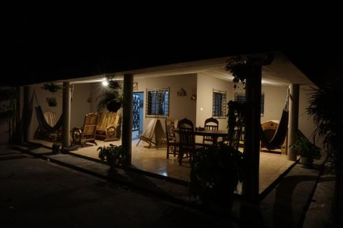 Nanda Parbat Hostal, San Rafael Cedros