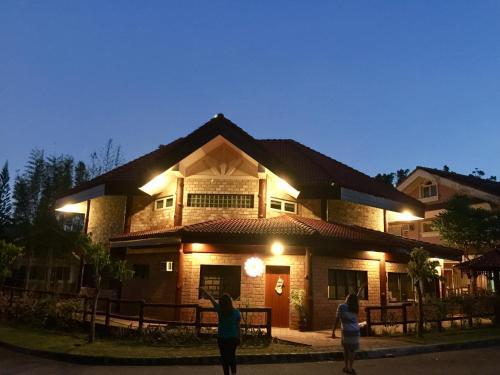 The Brick House, Calaca
