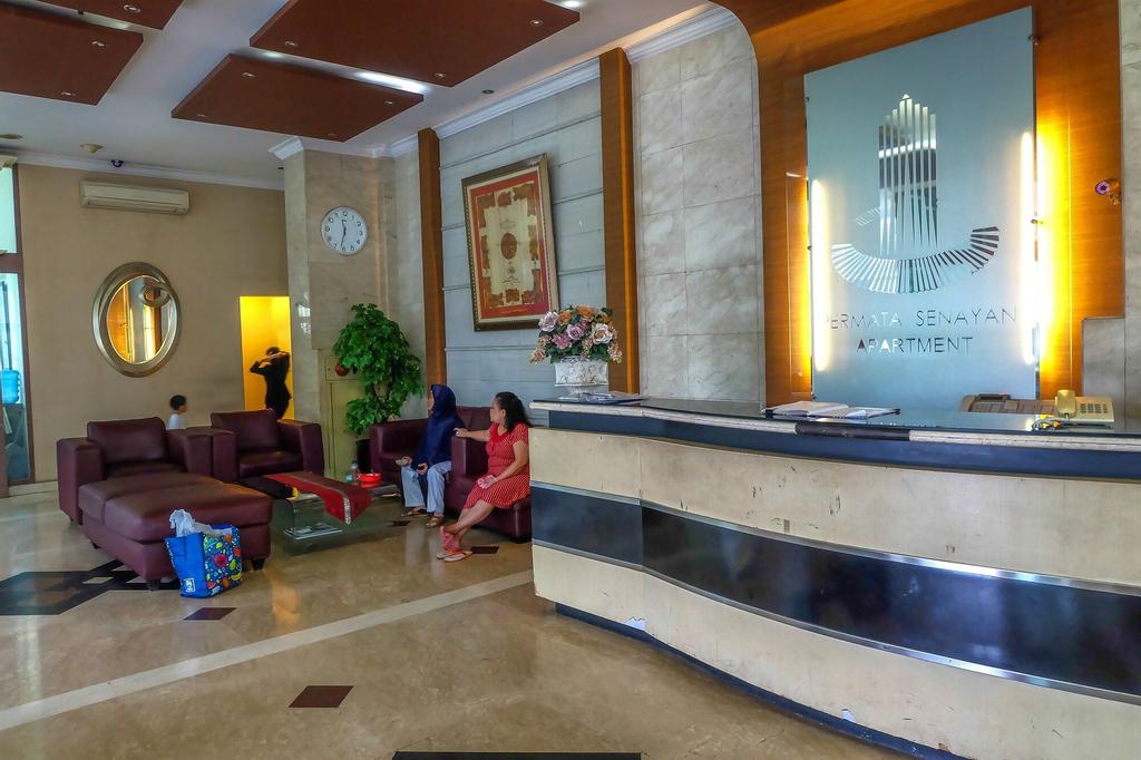 Best Spacious Apartment Permata Senayan, Jakarta Selatan