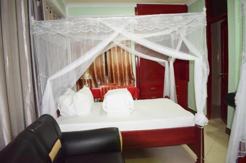 LUMILO CLASSICAL HOTEL &TOURS, Iringa Urban