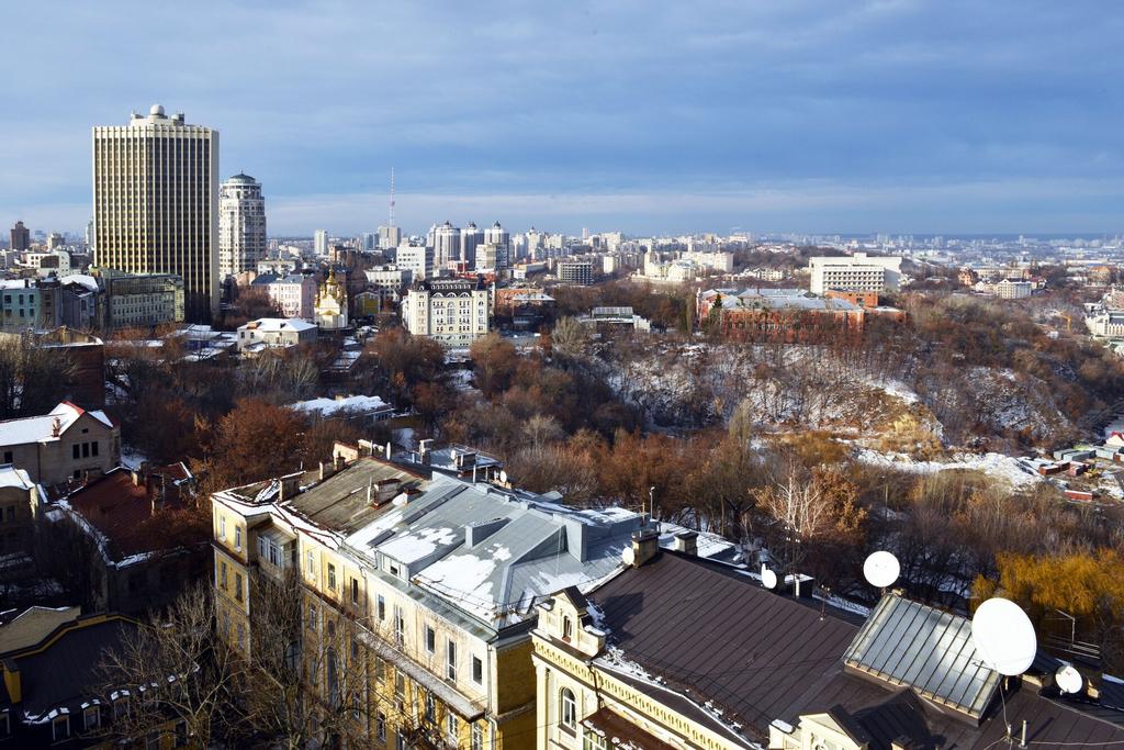 Apart-Hall, Shevchenkivs'kyi