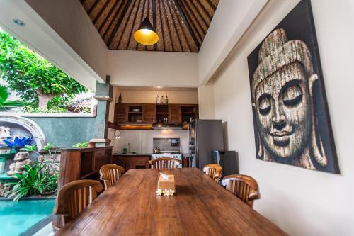 Private Villa AtmoSfera, Denpasar