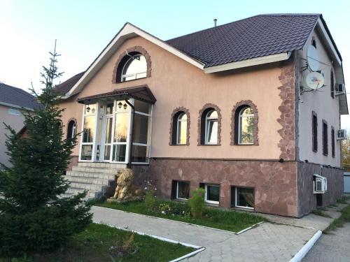 "гостевои дом ""Цветок"", Dobryanskiy rayon"