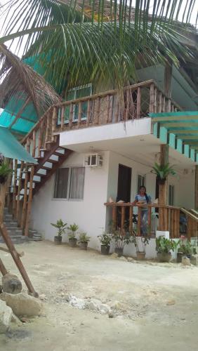 Dhadas Place, San Vicente