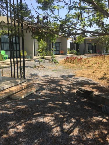 Udon Farm Fun Homestay with swimming pool, Phen