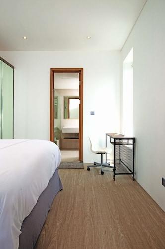 Ariama Serviced Residence, Jakarta Selatan